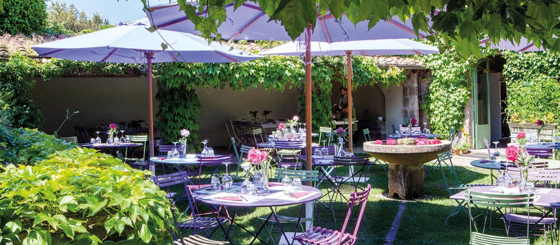 Ristorante colour cafe al Centro Botanico Moutan